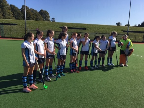 U16 Girls' Hockey v LWC